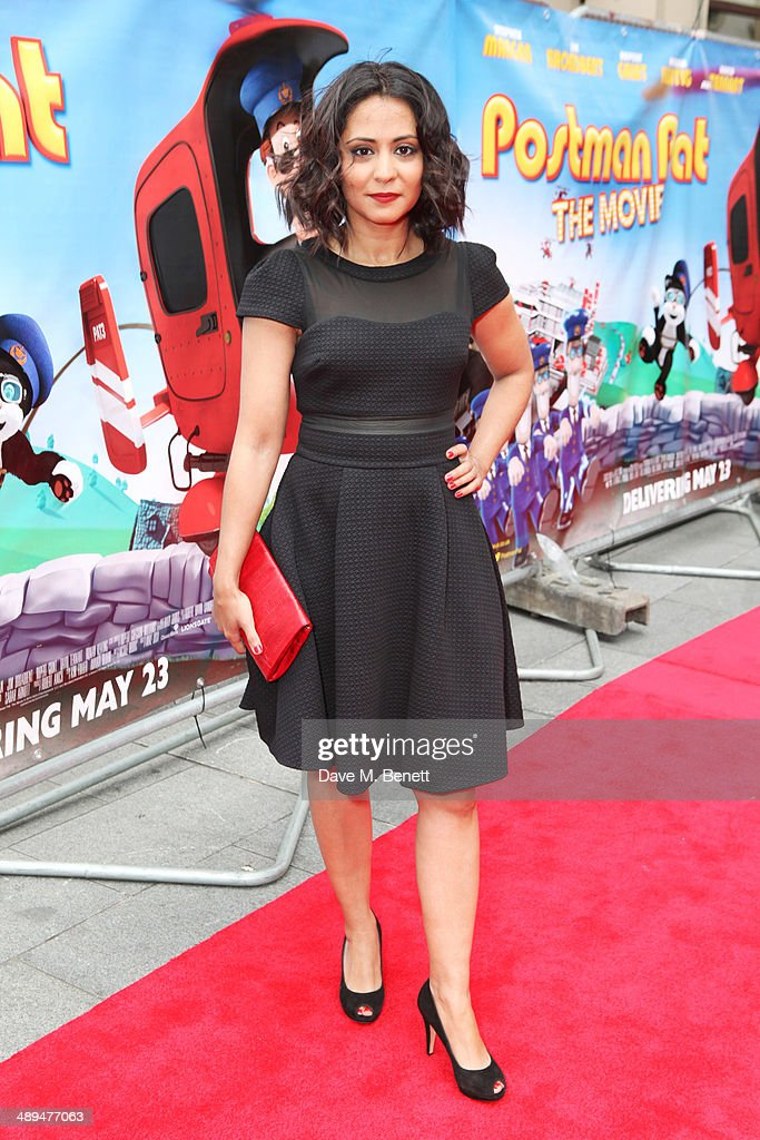 """Postman Pat"" - World Premiere - Inside Arrivals"
