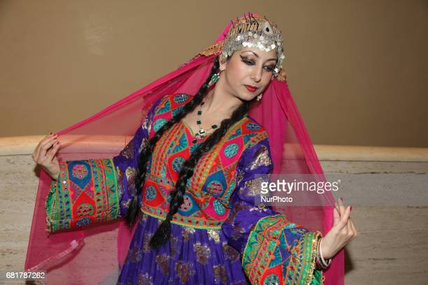 30 Top Traditional Afghan Clothing Pictures, Photos