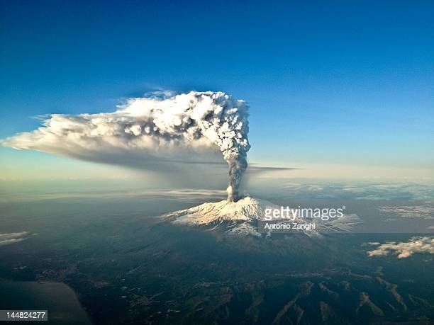 xix paroxysm etna - active volcano stock pictures, royalty-free photos & images