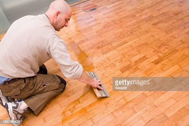 Parquet floor waxing