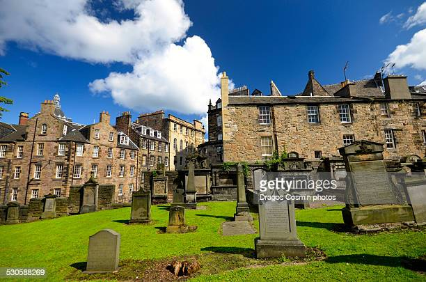 part of the old greyfriars kirkyard in edinburgh - edinburgh scotland stock pictures, royalty-free photos & images
