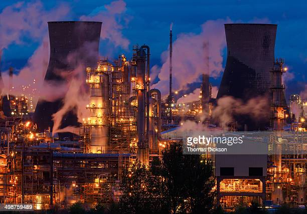 CONTENT] Part of the petrochemical complex at Grangemouth in Central Scotland Image taken at night and showing the huge mass of pipework amidst the...