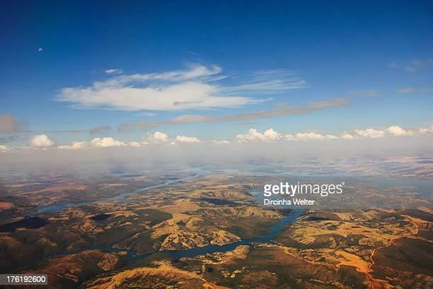 CONTENT] Partial aerial view around Brasília O município é privilegiado no que diz respeito à hidrografia apresentando 256 rios riachos ribeirões...