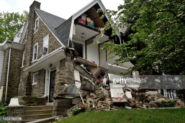 partial house collapse in philadelphia, pa - house collapsing stock pictures, royalty-free photos & images