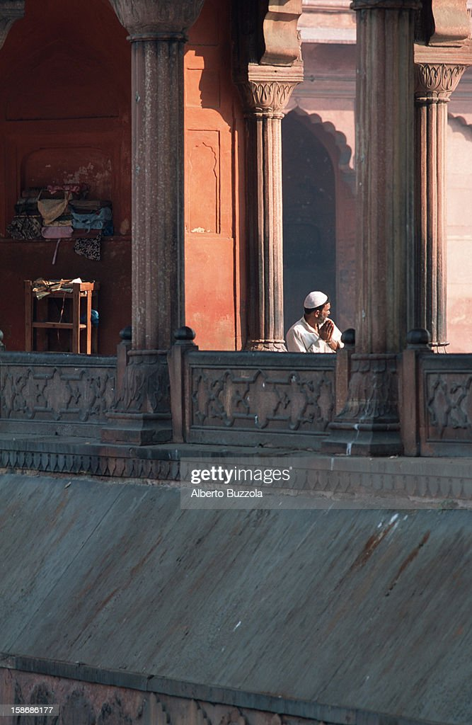 Partial view of the Jama Masjid Mosque, the largest Indian... : News Photo