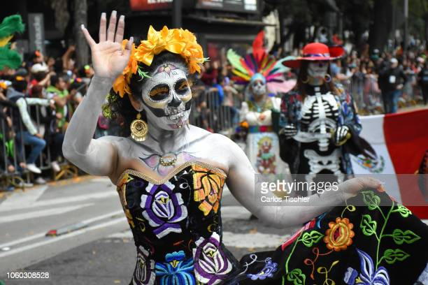 272 Day Of The Dead Skulls Parade In Mexico City Photos And Premium High Res Pictures Getty Images