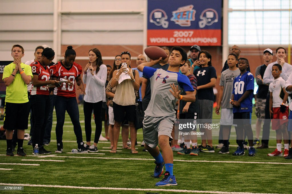 892511a586d Nickelodeon Partners With New York Giants To Find Contender For Kids  Choice  Sports 2015