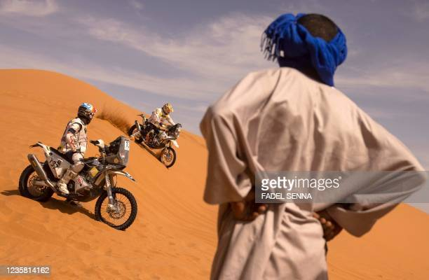 Participants compete in the Rally of Morocco 2021 in the region of Merzouga, on October 10, 2021.