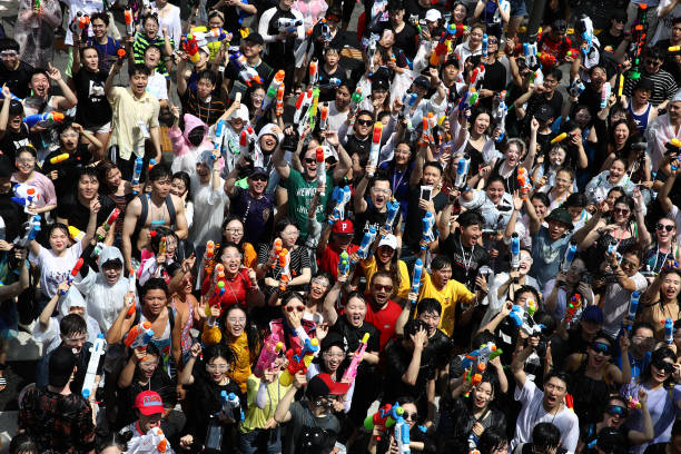 KOR: Water Gun Festival In Seoul