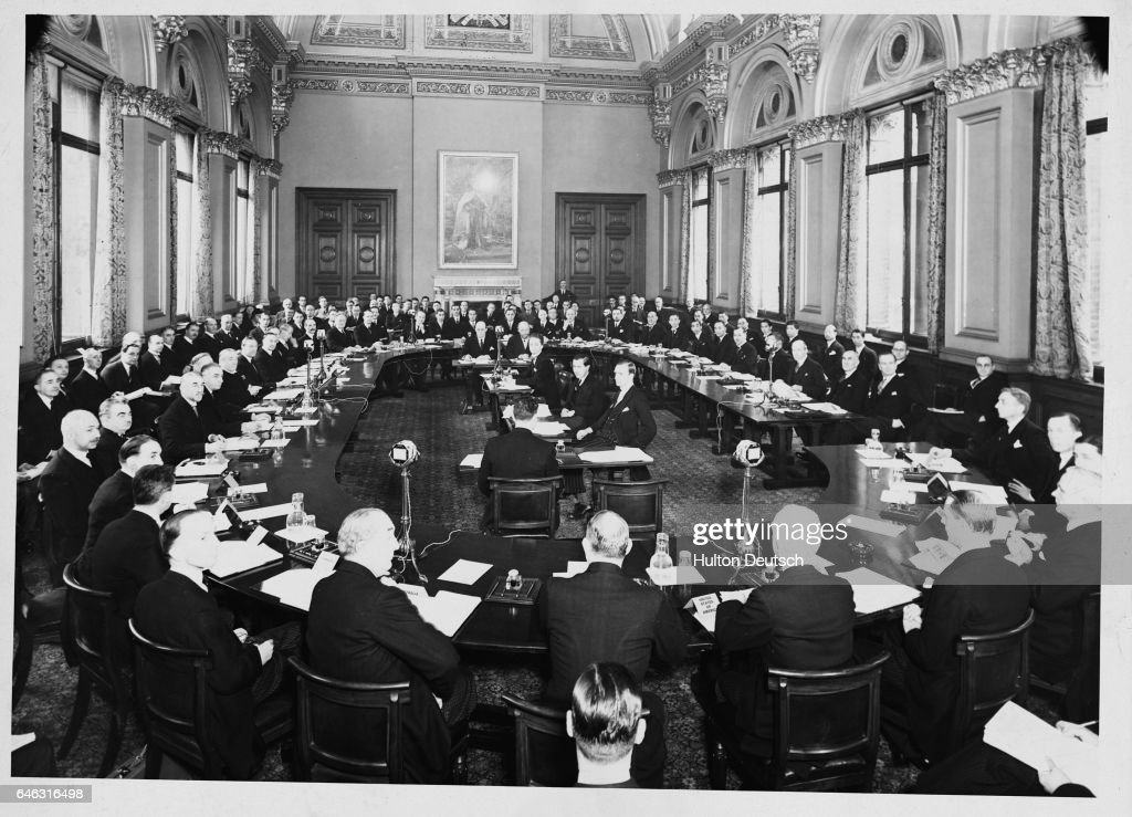 Five-Power Conference, 1935 : News Photo