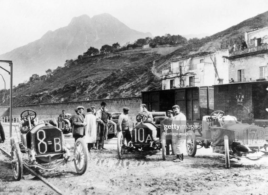 Participants in the Targa Florio race, Sicily, April 1907. : News Photo