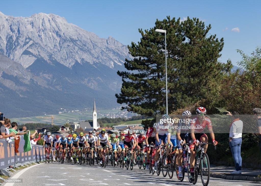 TOPSHOT-CYCLING-AUT-MEN-ROAD-RACE : News Photo
