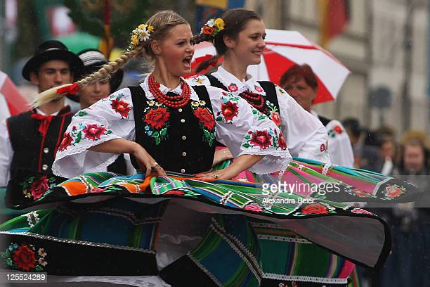 Participants of the traditional Costume and Riflemen's Procession at day 2 of the Oktoberfest 2011 beer festival perform on September 18 2011 in...