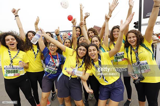 Participants pose for a picture during the 14th annual Beirut Marathon on November 13 2016 in the Lebanese capital / AFP / ANWAR AMRO