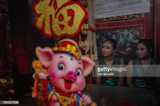 Participants prepare inside of Tien Kok Sie temple during Grebeg Sudiro festival on February 3 2019 in Solo City Central Java Indonesia Grebeg Sudiro...