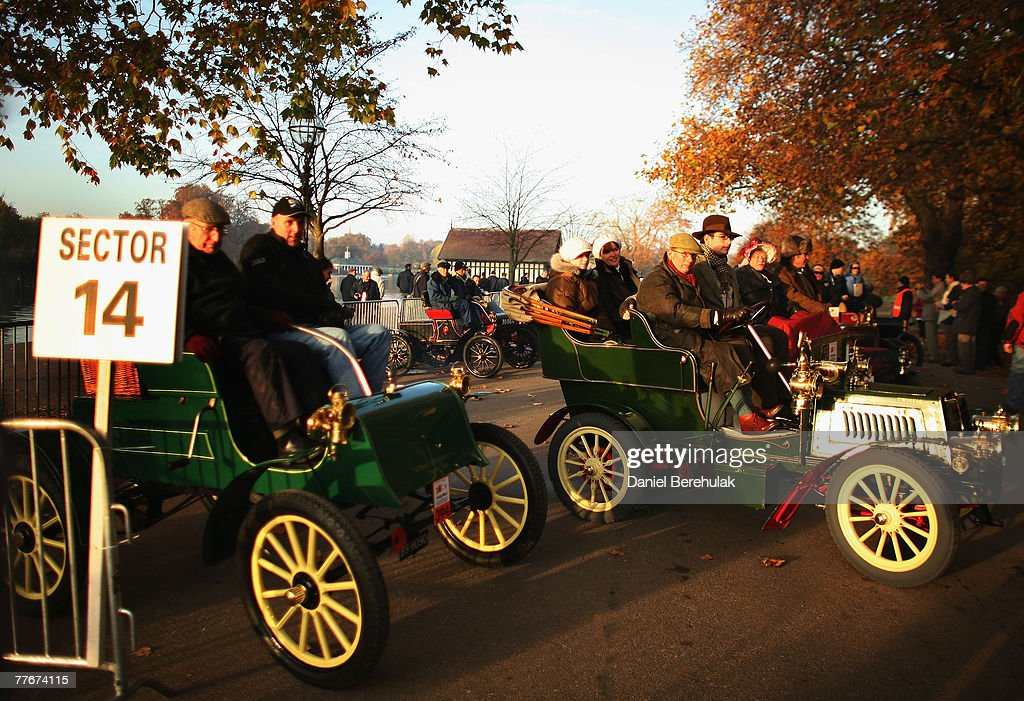 London To Brighton Veteran Car Rally Photos and Images | Getty Images
