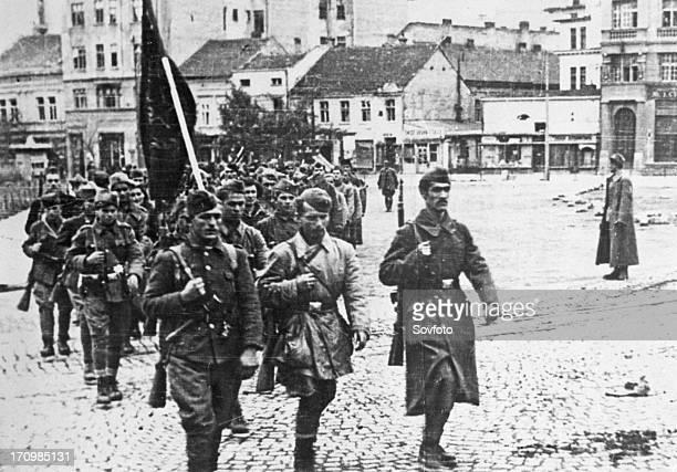 Partisan units of yugoslav national liberation army march into liberated belgrade october 20th yugoslavia world war 2