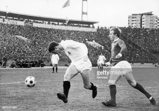 Partizan Belgrade v Manchester United European Cup Semi Final Partizan's Fahrudin Vasovic left heads the ball down and away from Denis Law during a...