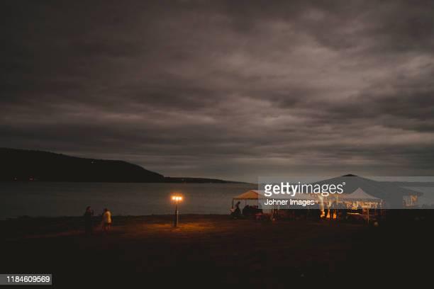 party at lake - norrkoping fotografías e imágenes de stock