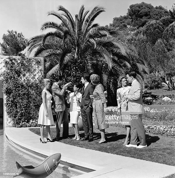 Party At The Begum Aga Khan s Estate Villa Yakimour With Evans Evans John Frankenheimer Natalie Wood Warren Beatty Begum Aga Khan And Angie Dickinson...