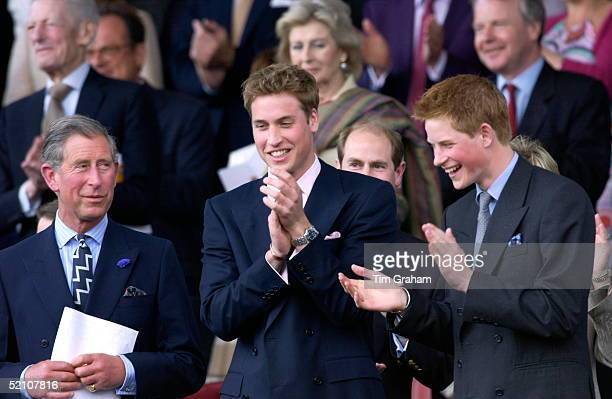 Party At The Palace Pop Concert Held In The Grounds Of Buckingham Palace For 12500 Guests Prince William And Prince Harry Clapping And Laughing With...