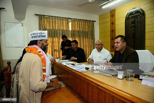 AAP party candidate from Gurgaon Lok Sabha seat Yogendra Yadav filing the Nomination papers on March 20 2014 in Gurgaon India