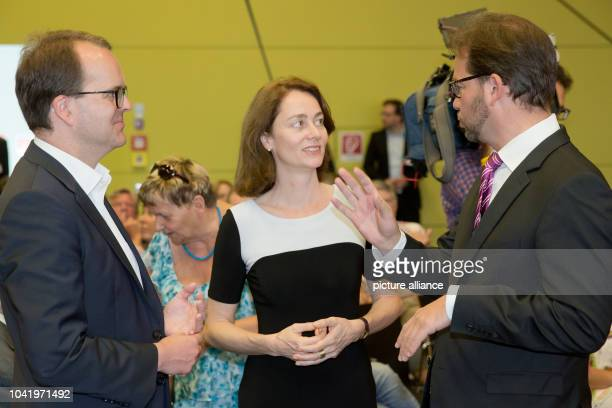 Party chairman of the SPD in Bavaria Florian Pronold talks to SPD general secretary Katarina Barley and party whip Markus Rinderspacher at a...