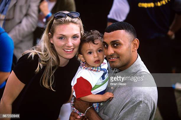 Party In The Park Concert London Britain 1999 Prince Naseem Hamed With Wife Eleasha And Daughter