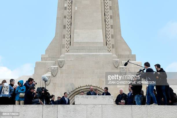 Party leader and Chancellor candidate of Germany's social democratic party SPD Martin Schulz pays his respect at the Ossuary on May 9 2017 in...