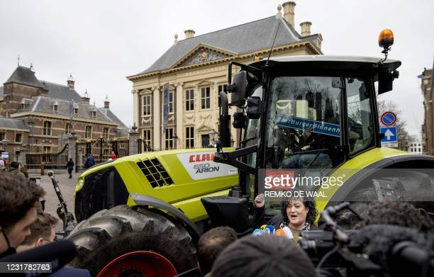 Party leader Caroline van der Plas of the BoerBurgerBeweging answers journalists' questions as she arrives at the Binnenhof, the venue of...