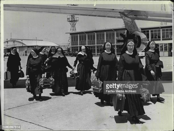A party of 16 Nuns from the order of mercy left mascot this morning from Ireland The nuns are teachers in the outback of NSW and all came from...