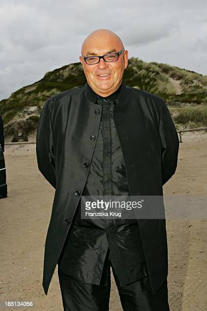 Partymacher Manfred Schmidt Beim Empfang In Der Sansibar Am Abend Nach Der Kirchlichen Hochzeit Von Stich In Rantum Auf Sylt Am 110605