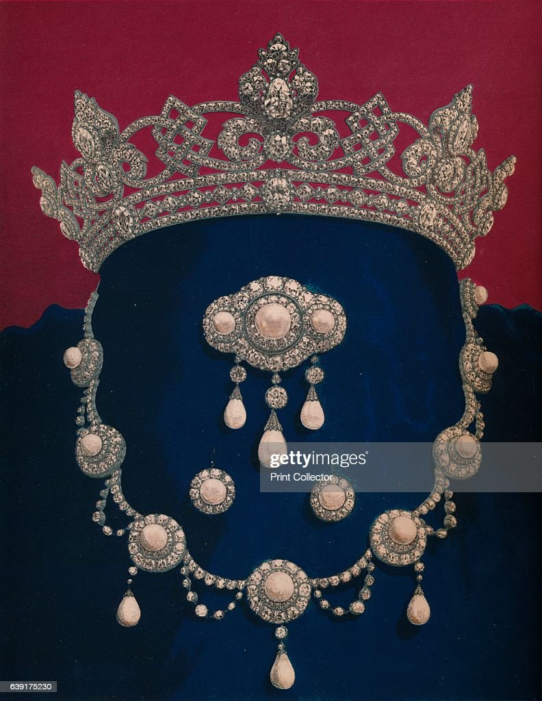 Parure Of Diamonds And Pearls - The Gift Of HRH The Prince Of Wales 1863 : News Photo
