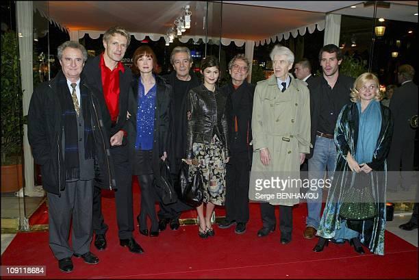 """Pas Sur La Bouche"" Premiere. On November 24, 2003 In Paris, France. Left To Right: Daniel Prevost, Lambert Wilson, Sabine Azema, Pierre Arditi,..."