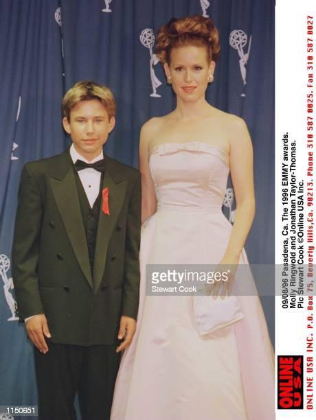 Pasadena Ca The 1996 EMMY awards Molly Ringwold and Jonathon TaylorThomas