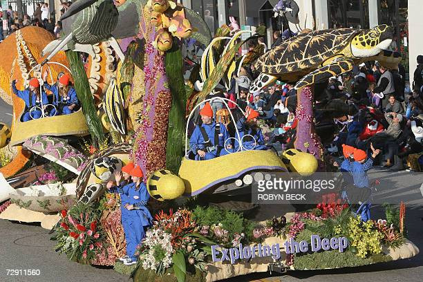 Trader Joe's supermarket's 'Exploring The Deep' float rolls down Colorado Blvd in the 118th Rose Parade in Pasadena California 01 January 2007 The...