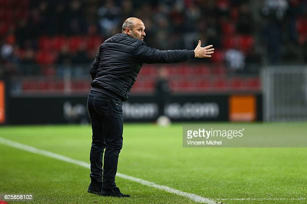 Pascal Dupraz, headcoach of Toulouse during the French Ligue 1 match between Rennes and Toulouse at Roazhon Park on November 25, 2016 in Rennes,...