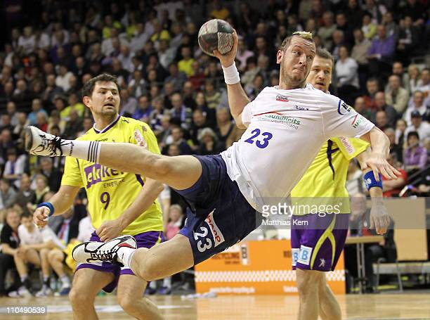 Pascal Hens of Hamburg in action during the Toyota Handball Bundesliga match between Fuechse Berlin and HSV Hamburg at Max Schmeling hall on March...