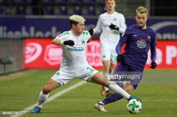 Pascal Koepke of Aue challenges Maximilian Wittek of Fuerth during the second Bundesliga match between FC Erzgebirge Aue and SpVgg Greuther Fuerth at...