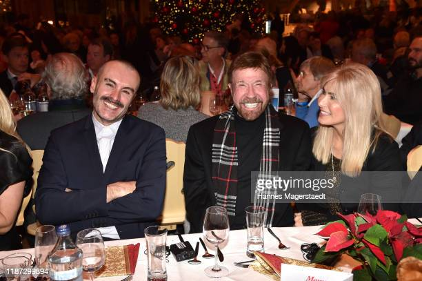 Pascal Loperena actor Chuck Norris and wife Gena O'Kelley during the Gut Aiderbichl Christmas Market opening on November 12 2019 in Henndorf am...