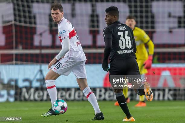 Pascal Stenzel of VfB Stuttgart and Breel Embolo of Borussia Moenchengladbach battle for the ball during the Bundesliga match between VfB Stuttgart...