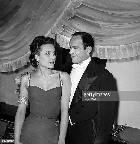 Pascale Robert and Marcel Bozzuffi during the shooting of the film The Sicilian of Pierre Chevalier 1958 ADR326013