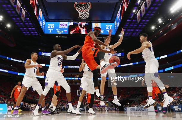 Paschal Chukwu of the Syracuse Orange handles the ball during the second half against the TCU Horned Frogs in the first round of the 2018 NCAA Men's...
