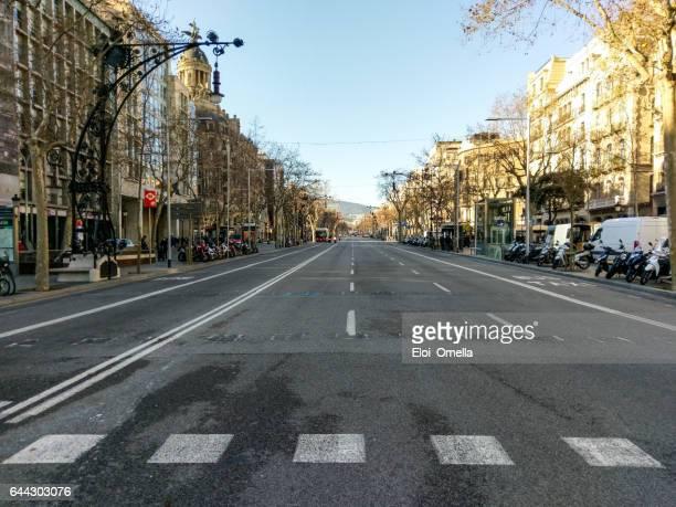Paseig Paseo de Gracia Barcelona leeren Bus moto