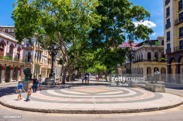paseo del prado in havana. cuba - prado stock pictures, royalty-free photos & images
