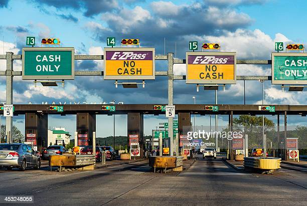 Pass toll booth