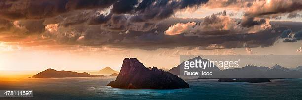 passage peak - whitsunday island stock photos and pictures