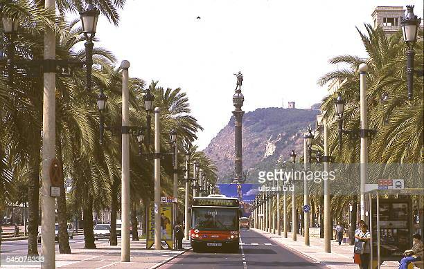 "Passeig de Colom : Blick auf dasKolumbusdenkmal ""Monumento a Colon""und den Berg Montjuic - 1999"