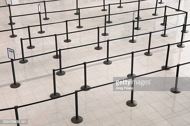 passenger barriers at airport, elevated view - roped off stock pictures, royalty-free photos & images