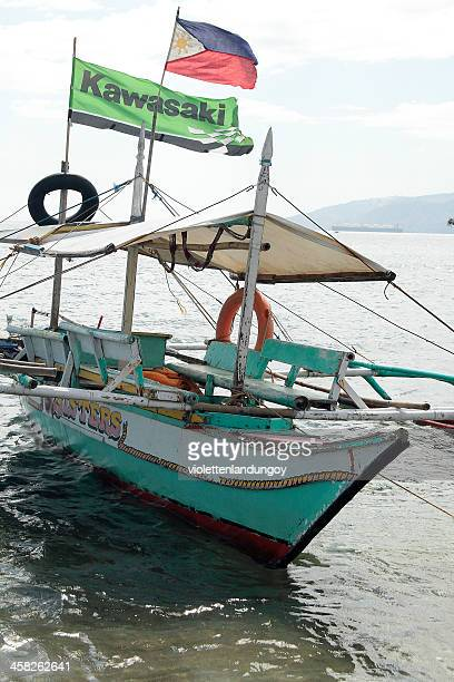 passenger boat, philippines - filipino flag stock pictures, royalty-free photos & images